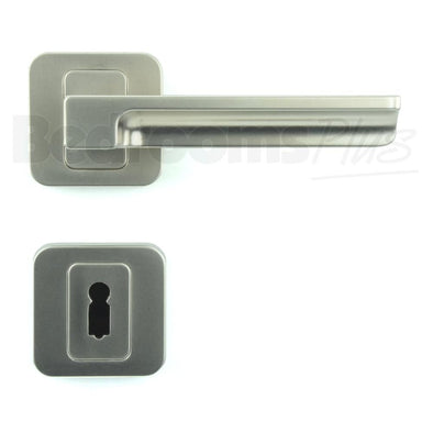 Interior Door Handle Pair - Lever on Rose - Gloss Nickel - Plated Finish ZA5