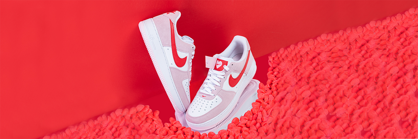 Nike Air Force 1 07 QS Valentines Day Love Letter
