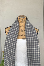 Load image into Gallery viewer, Gray/White Plaid Blanket Scarf