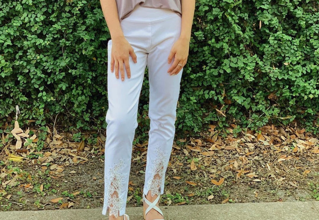 White Ankle Pant w/Lace Up Front