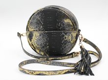 Load image into Gallery viewer, Richmond Round Crossbody w/Tassel
