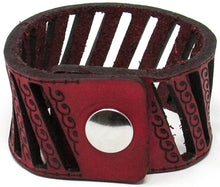 Load image into Gallery viewer, Hometown I Slated Wave Cut Cuff-Garnet