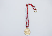 "Load image into Gallery viewer, Maroon Wood Beaded 34"" Gold Teardrop Charm"
