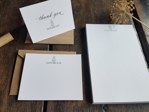 Personalized Pineapple stationary set / Memo Pad / Flat Cards / Thank You Cards / Stationery Set / Personalized Gift / Custom Stationery