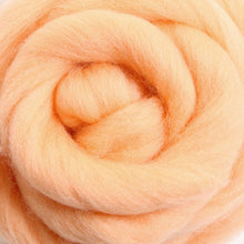 Load image into Gallery viewer, Merino Top (22 Micron) Apricot