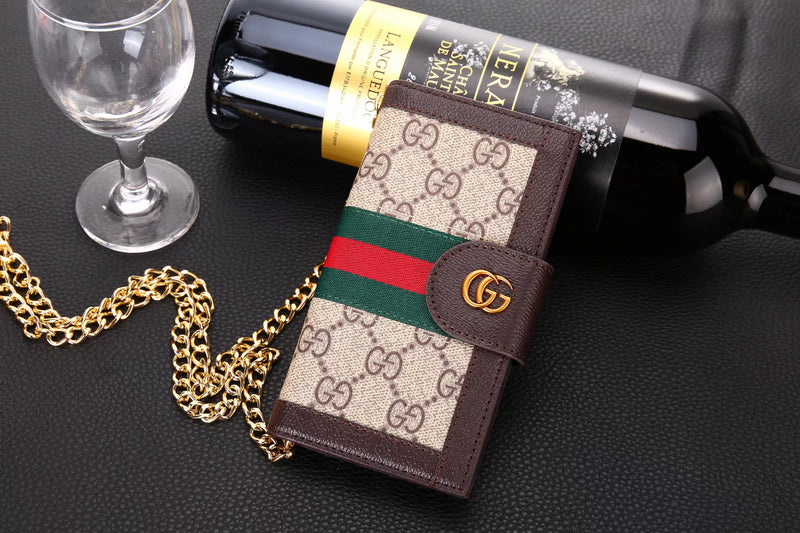 2019 - GG CHAIN IPHONE CLUTCH CASE