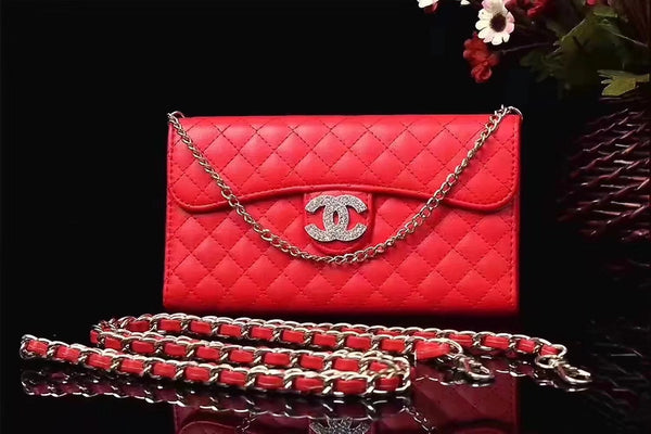 CC DIAMOND RED PURSE CASE