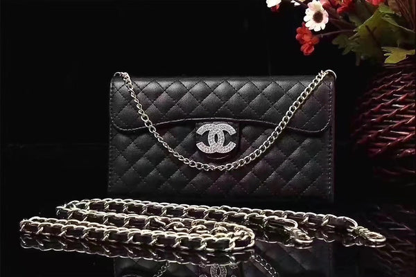 CC DIAMOND BLACK PURSE CASE