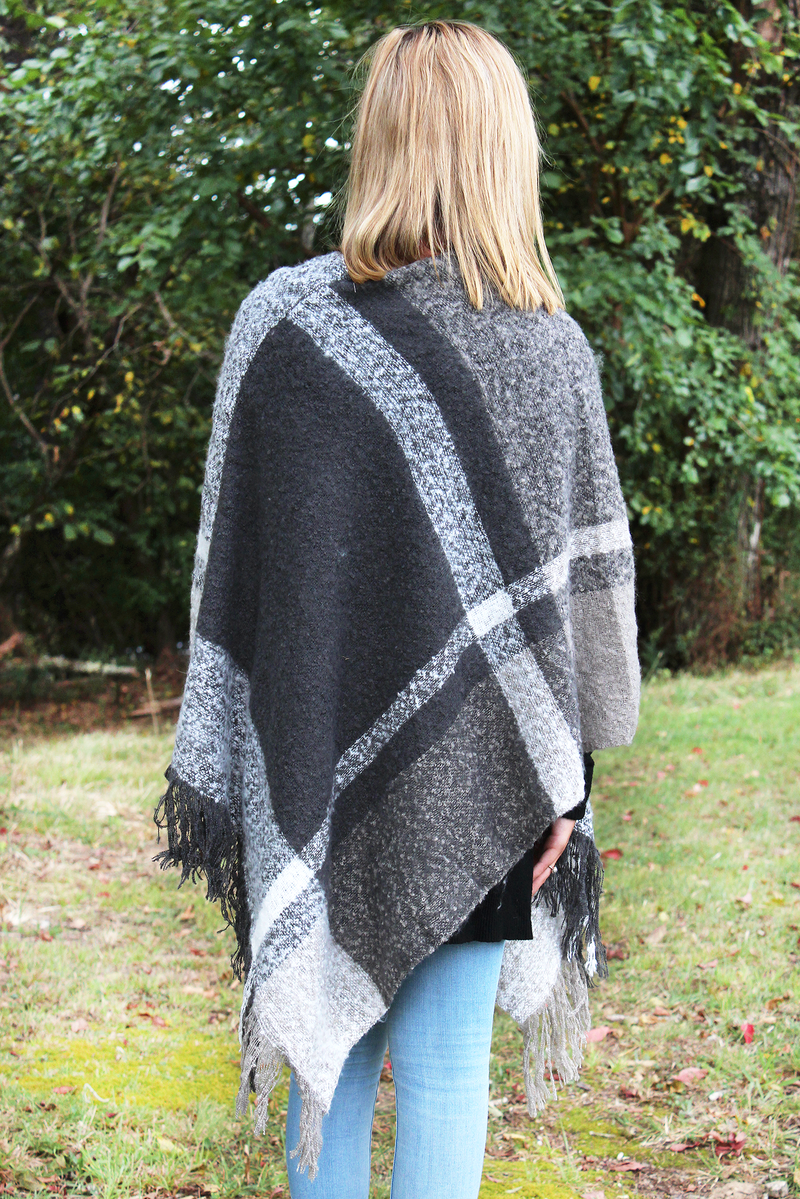 Cozy Cabin Gray Boucle Poncho