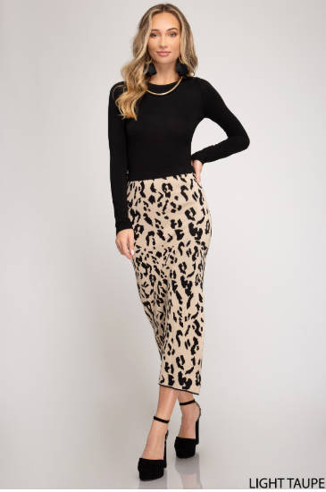 Animal Print Knit Skirt with Side Slit