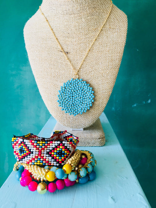 Turquoise Bead Swirl Pattern Necklace