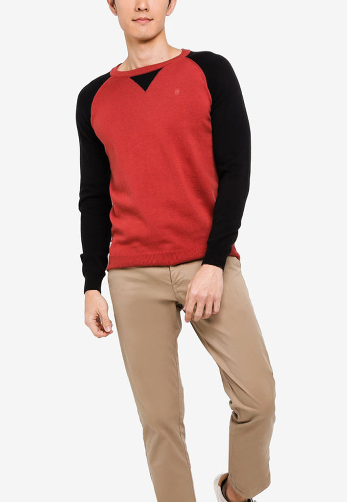 Casual Knit Sweater - Modern Fit