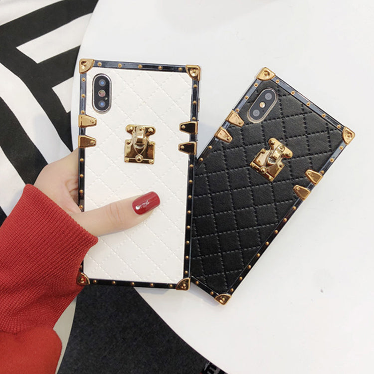 Quilted Trunk Case for iPhone X