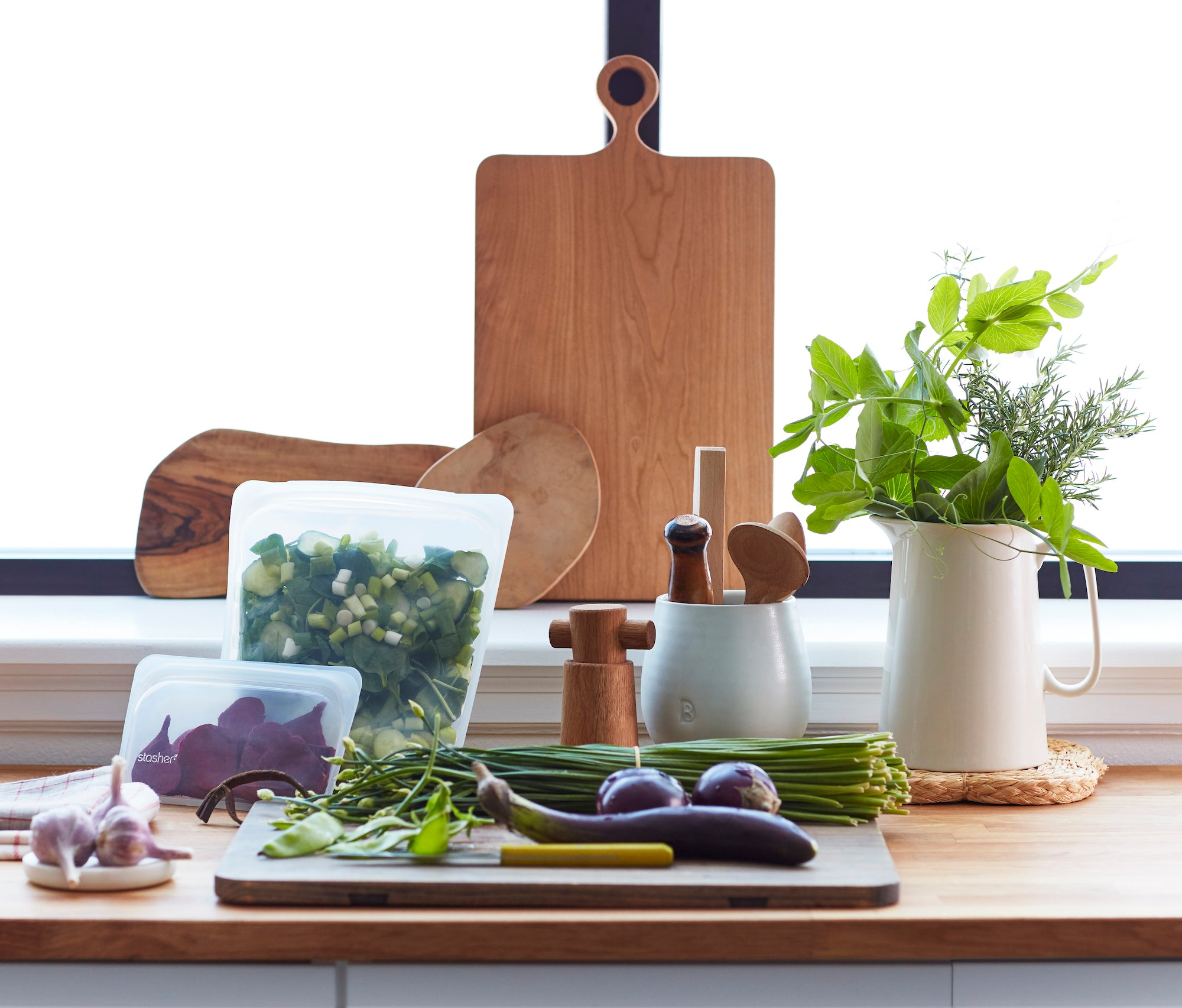 7 Sustainable Tips For A Zero Waste Kitchen Stasher