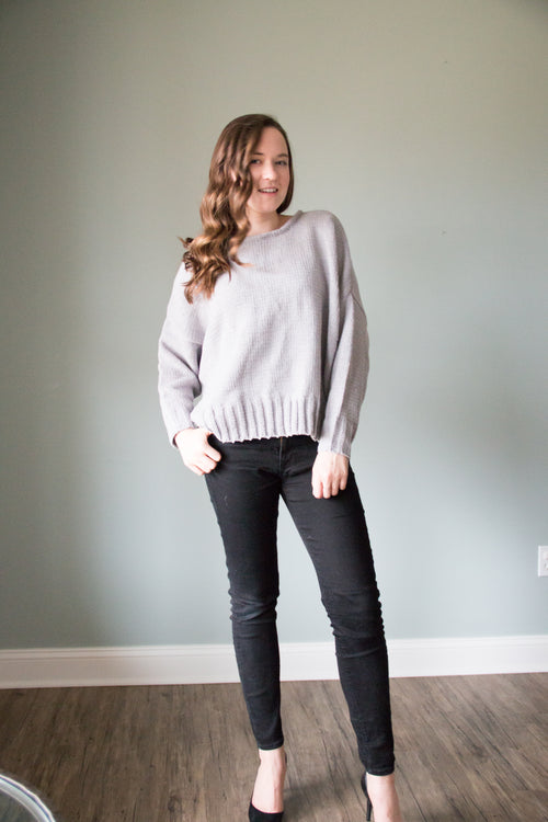 Knit sweater in grey