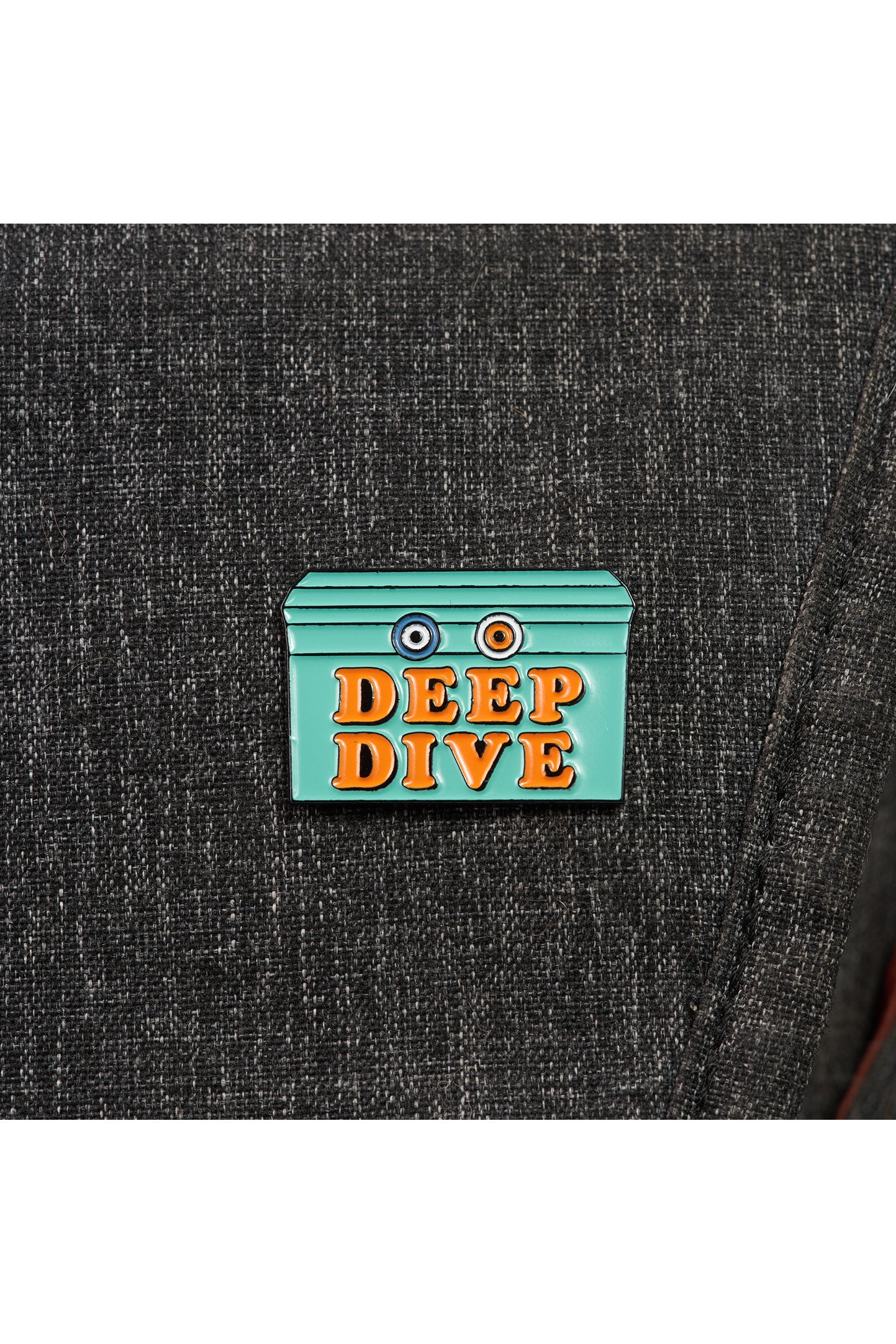 Deep Dive Pin