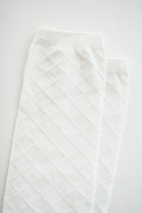 WHITE LATTICE SOCKS