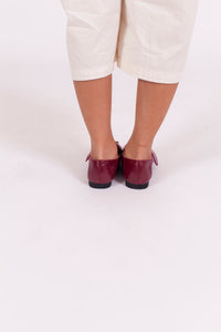 MAROON BUCKLE LOAFERS