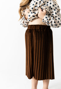 BROWN PLEATED VELVET SKIRT