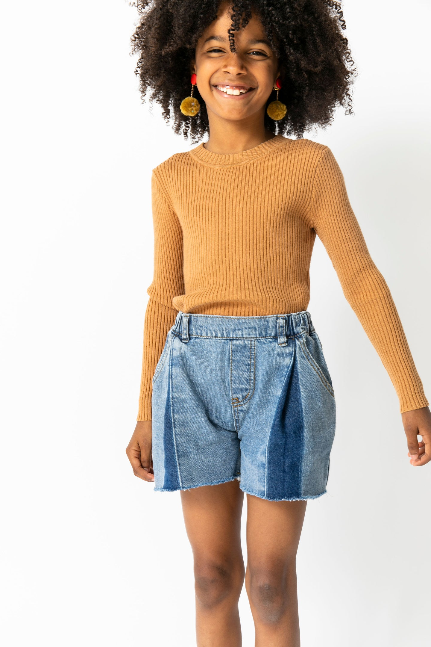 BOX PLEAT DENIM SHORTS