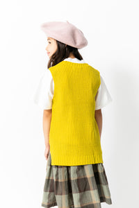 CHARTREUSE SLEEVELESS SWEATER