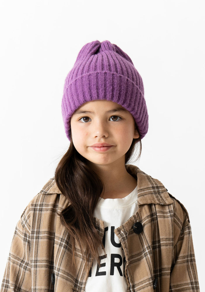 PURPLE RIBBED BEANIE