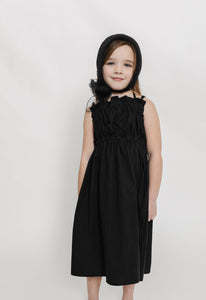 BLACK GATHERED DRESS