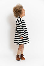 BLACK AND WHITE BALLOON SLEEVE DRESS