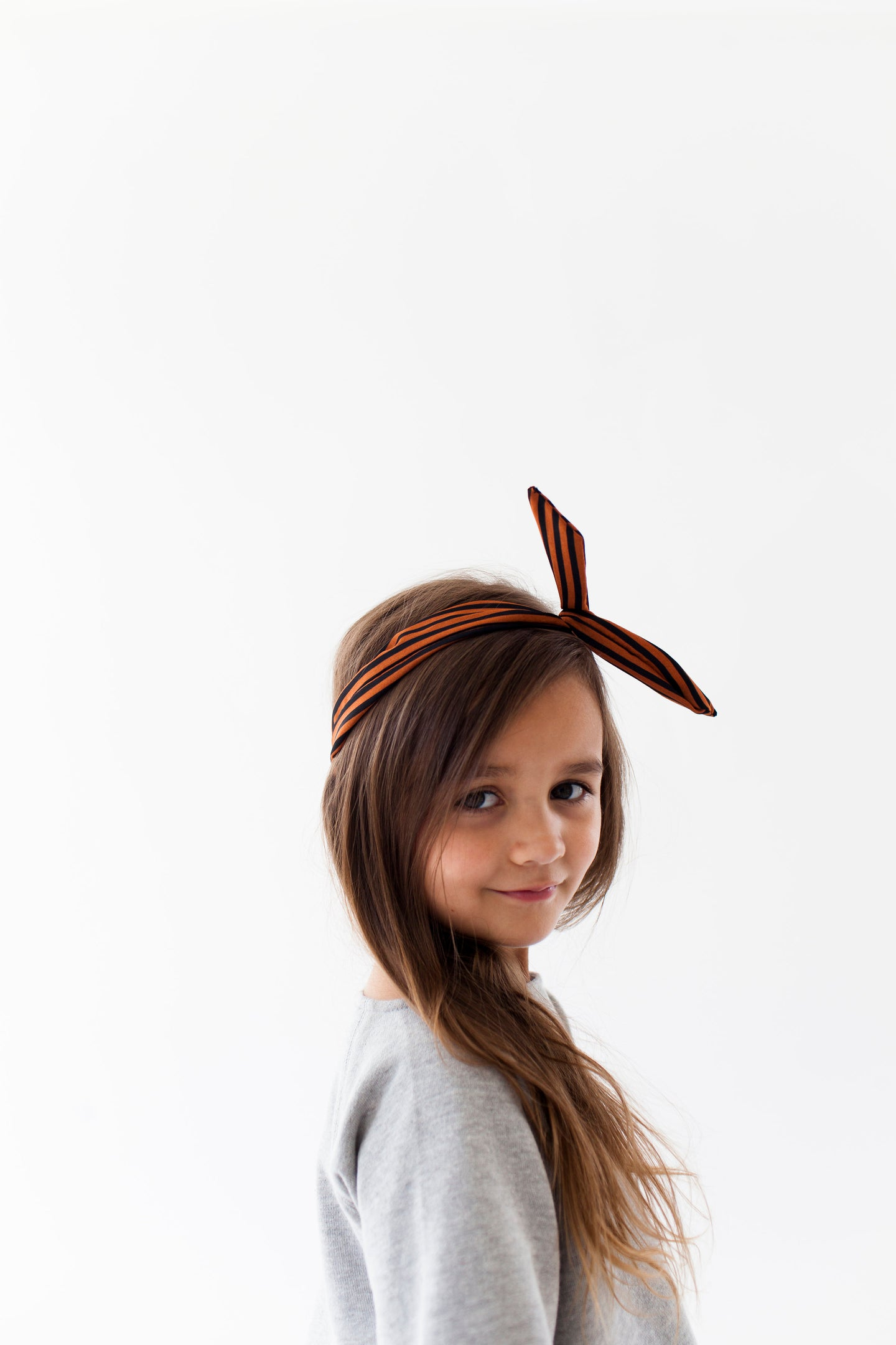 BLACK AND BROWN HEADBAND