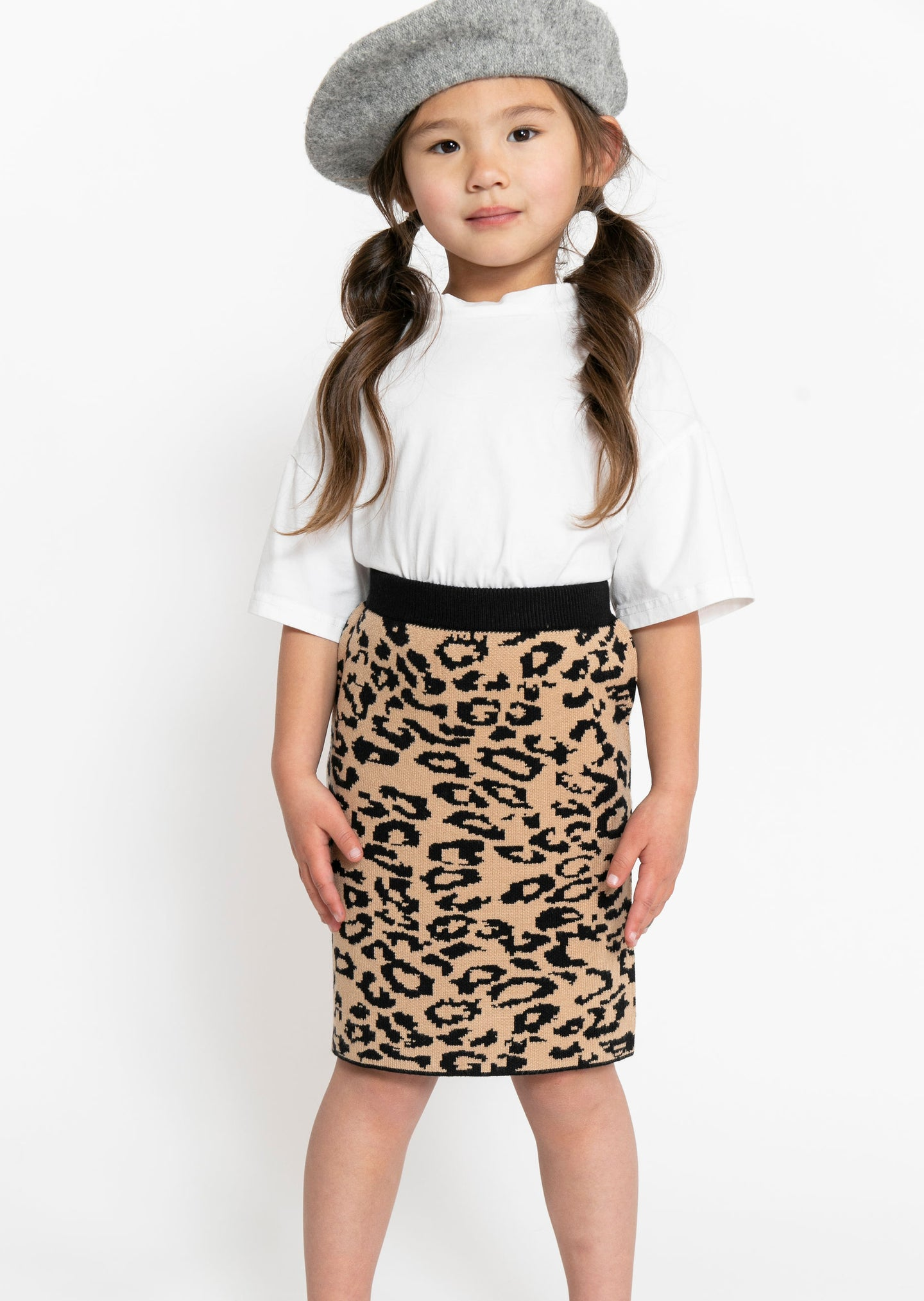 LEOPARD SWEATER SKIRT