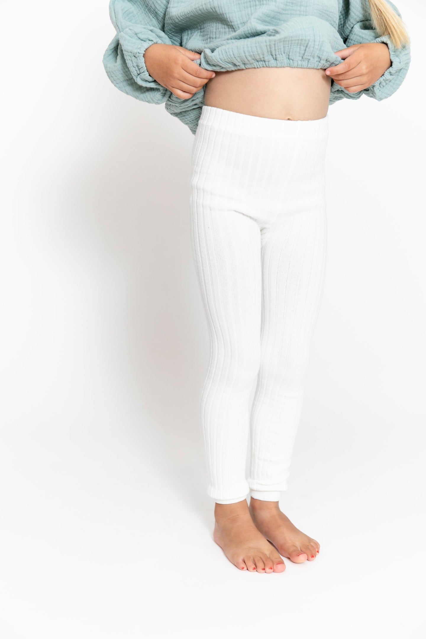 WHITE RIBBED LEGGINGS