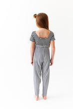 PLEATED CHIFFON PANTS