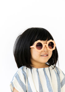 PEACH FLOWER SUNGLASSES