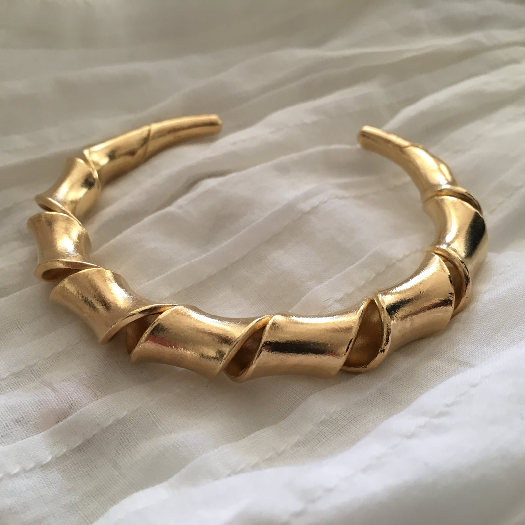 Hill Tribe • Akha Gi Wrap Bangle in 18k Gold