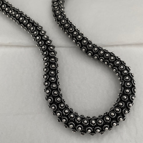 Noir • Classic Round Phikoun Royal Necklace