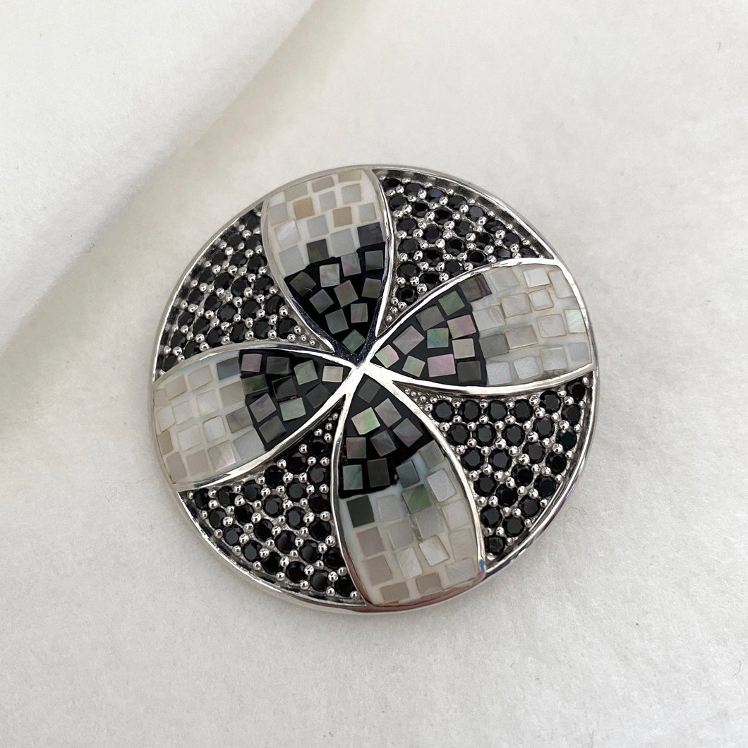 Stone • The Mosaic Champa Round Pendant in Black Sapphire