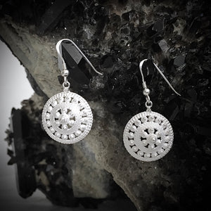 Blanc • The Jing Earrings