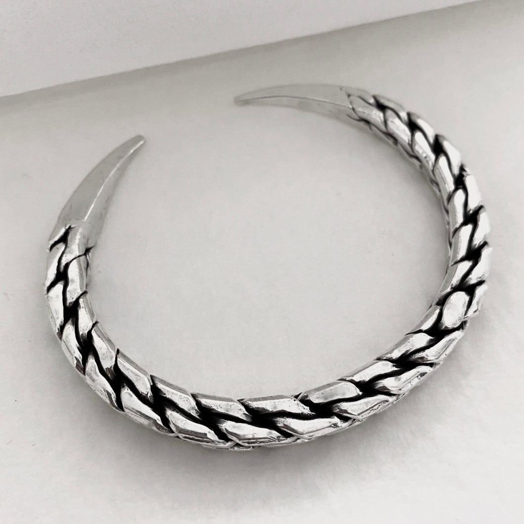 Hill Tribe • Akha Chain Print Bangle