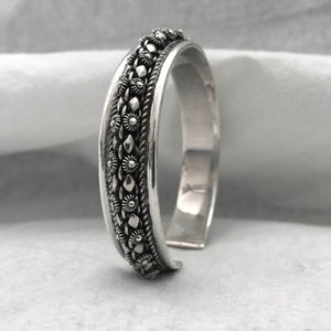 Noir • Classic Phikoun 2 Row Cuff w/ Diamond Accent