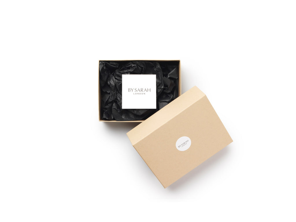BY SARAH LONDON - Sustainable, plastic-free Gift Wrapping