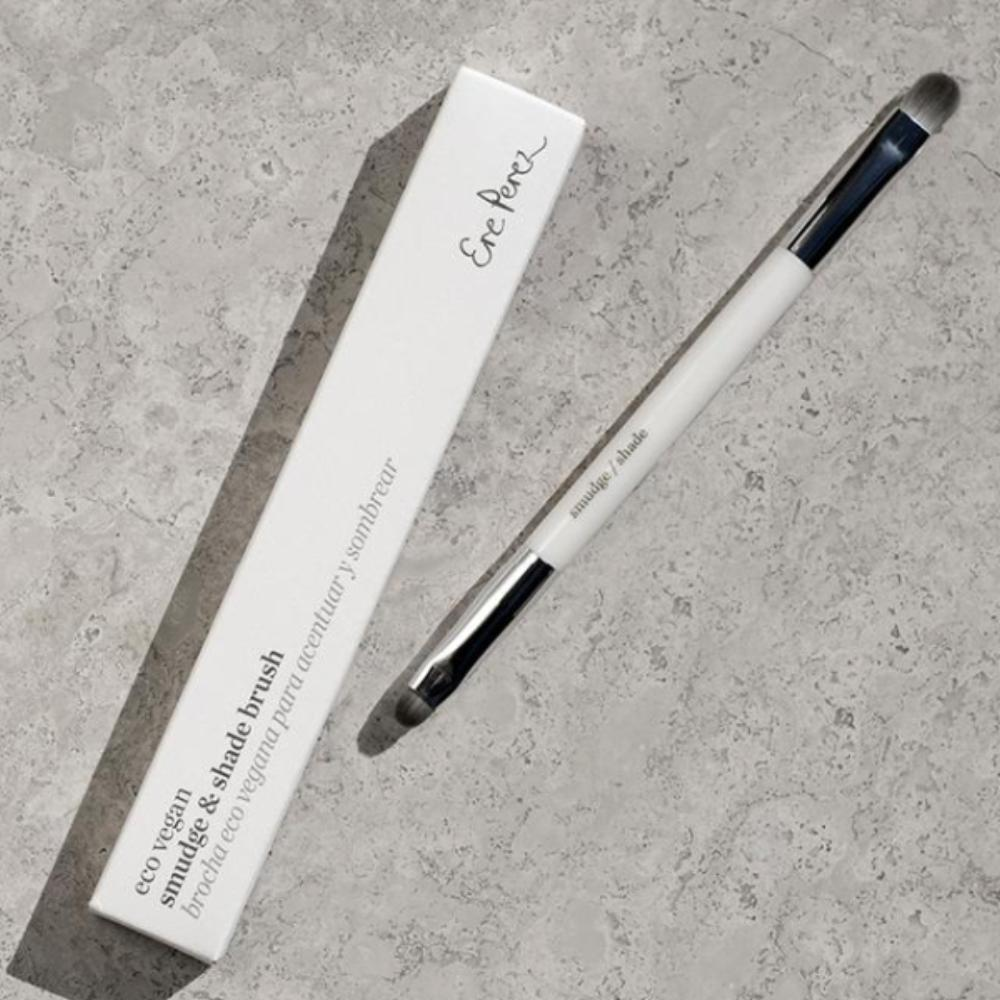 Ere Perez - Eco Vegan Smudge + Shade Eye Brush