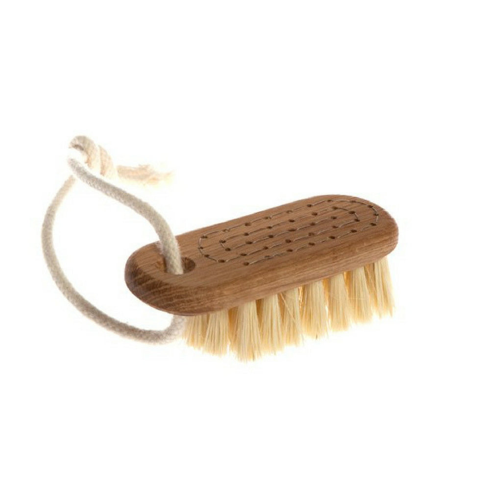 Iris Hantverk, Lovisa nail brush oiled oak, natural fibre