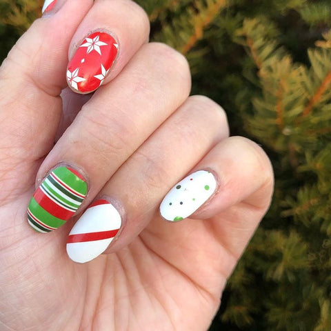 best-christmas-nail-art-design-ideas-rossi-nails-blog-post-08