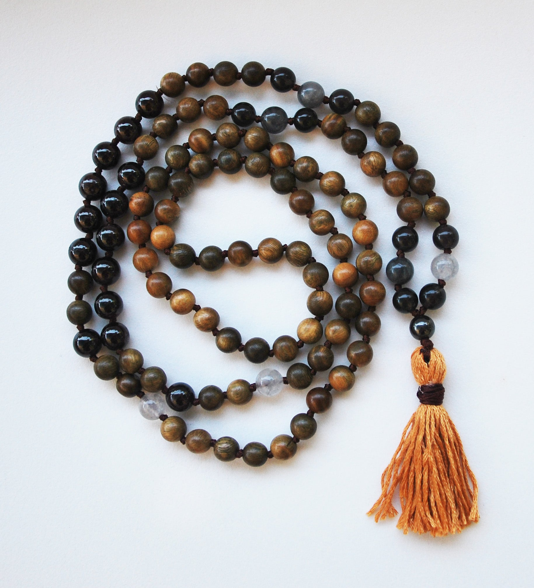8mm Green Sandalwood & Garnet 108 Knotted Mala Necklace with Cotton Tassel