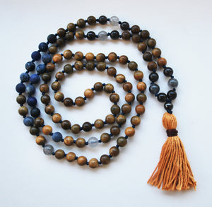 8mm Green Sandalwood & Matte Sodalite 108 Knotted Mala Necklace with Cotton Tassel