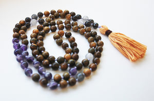 8mm Green Sandalwood & Amethyst 108 Knotted Mala Necklace with Cotton Tassel