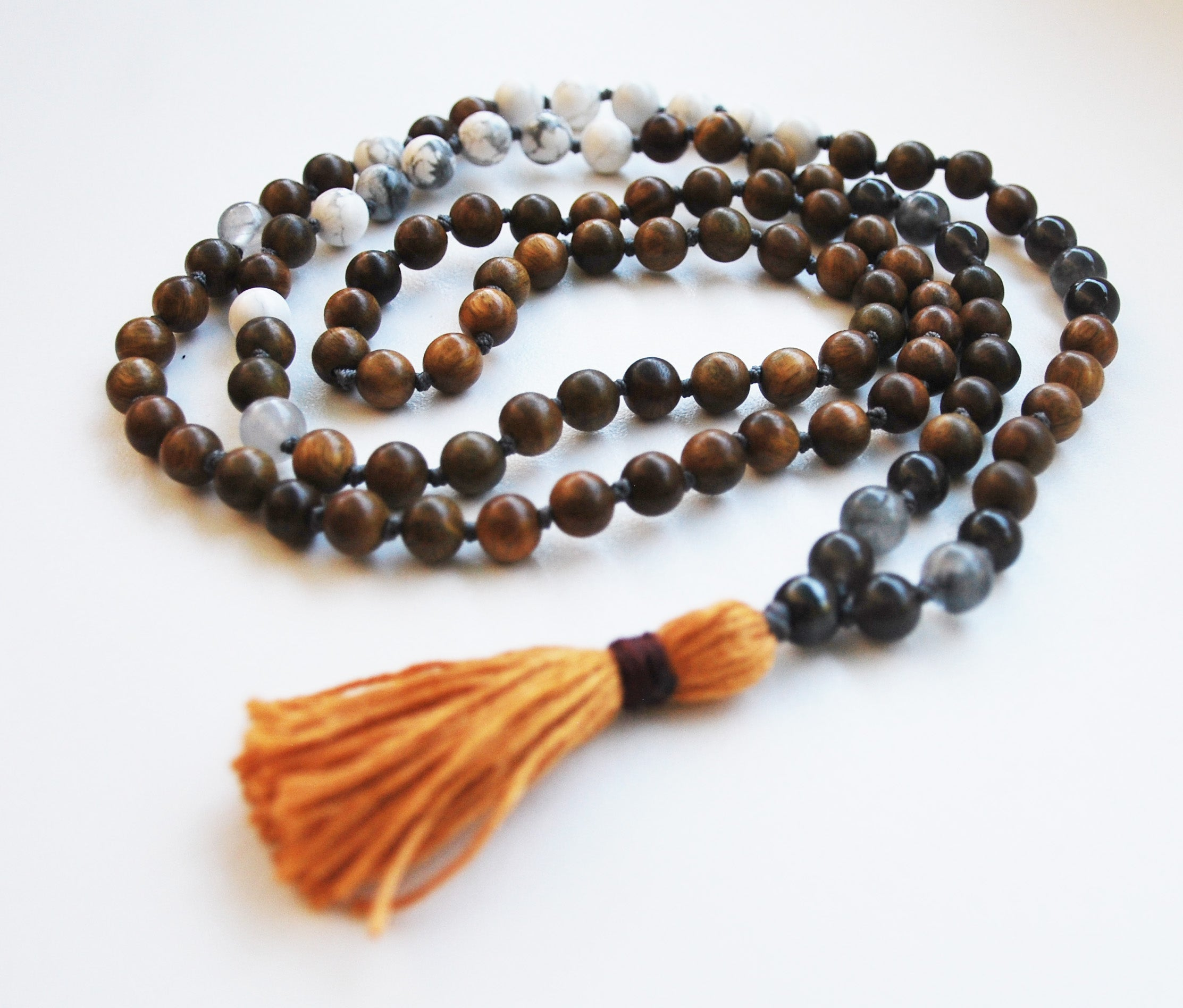 8mm Green Sandalwood & Howlite 108 Knotted Mala Necklace with Cotton Tassel
