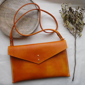 SITA -  Envelope Leather Crossbody