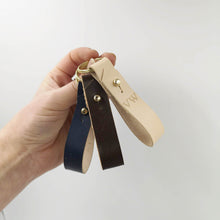 Clesy - Personalised leather lanyard keyring
