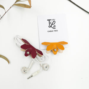 FAWN - Leather Flower Cable tie